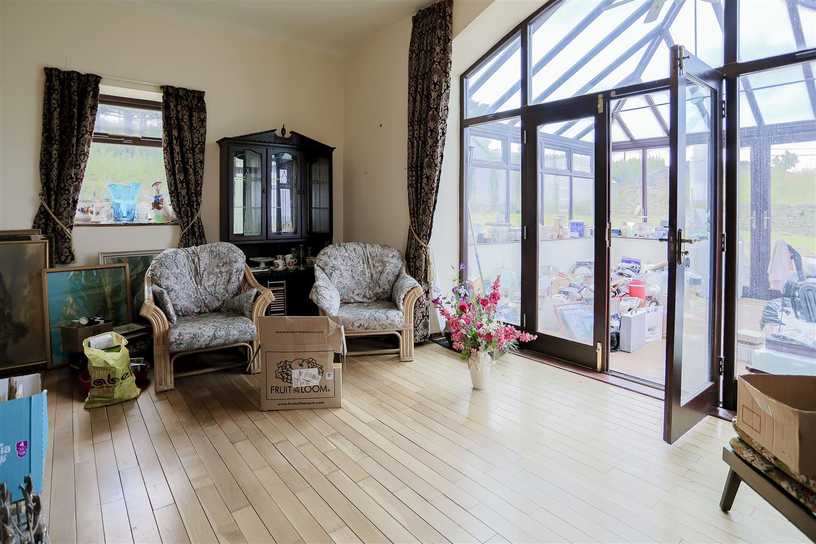2 Bedroom Barn Conversion For Sale - IMG_2405.jpg